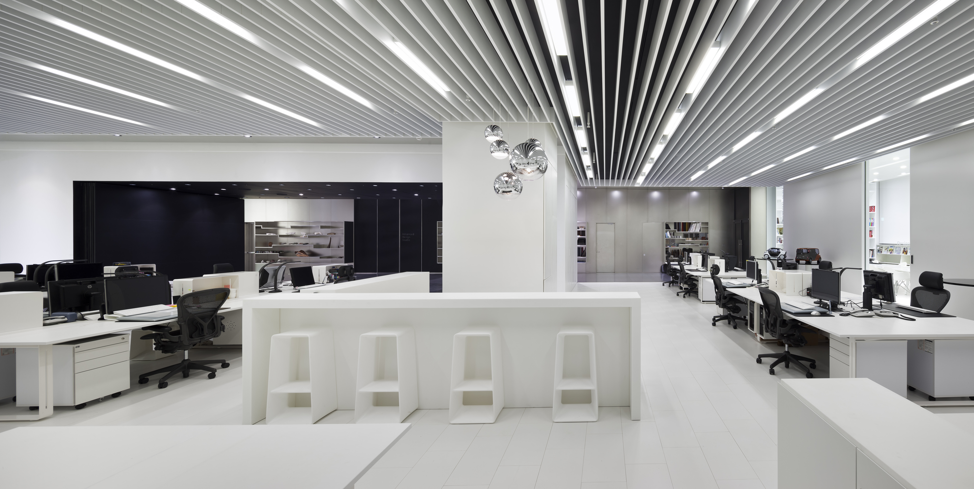 Gallery of hyundai advances design studio delugan meissl for Studio interior design london