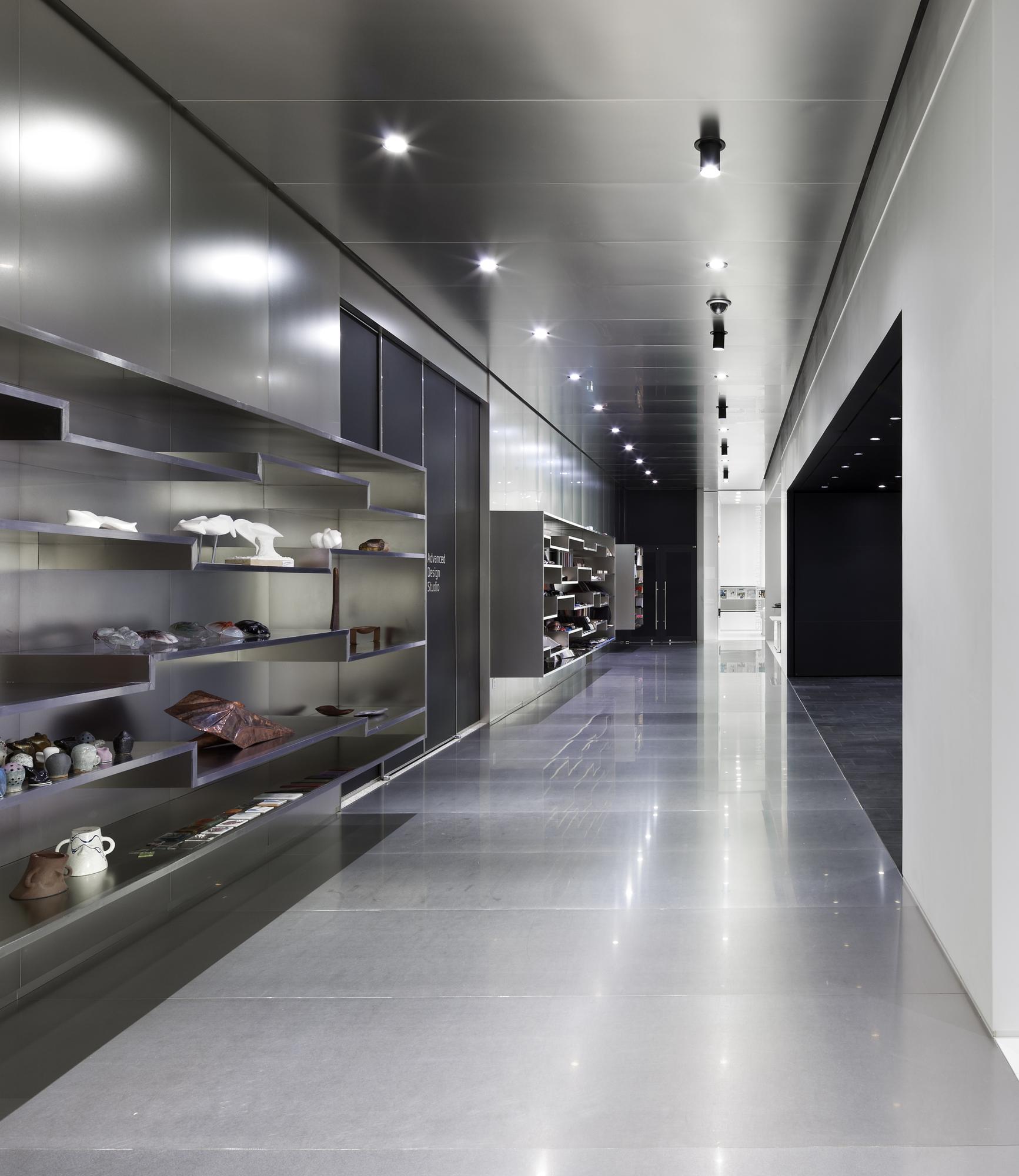 Hyundai Advances Design Studio / Delugan Meissl Associated Architects