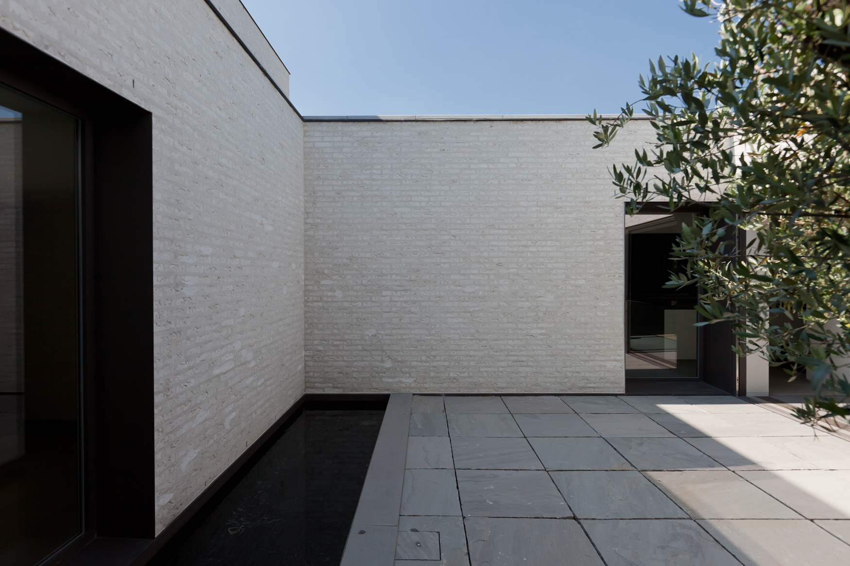 Gallery Of Courtyard House Vw Areal Architecten 11