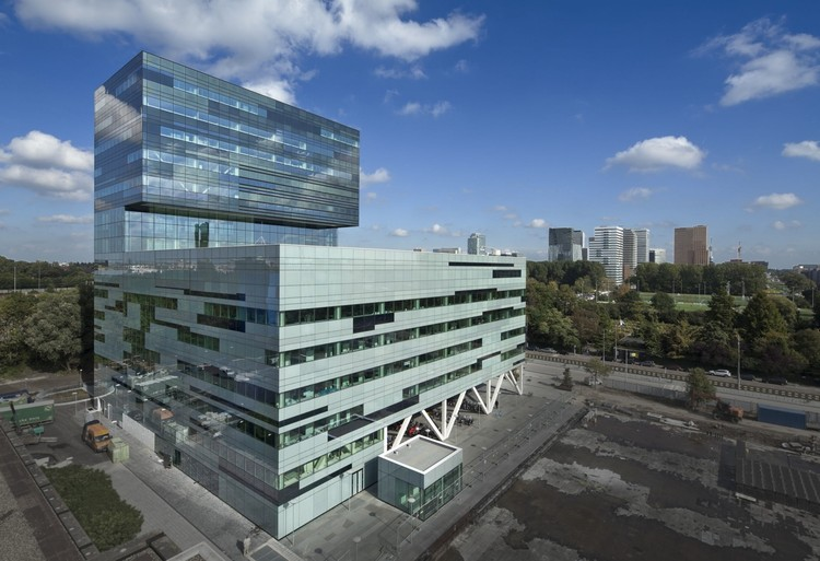 Academic Centre for Dentistry / Benthem Crouwel Architects