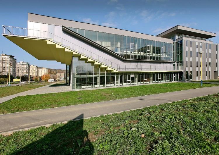 Library Information Centre / Juraj Koban, Karol Gregor, Štefan Pacák