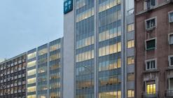 Telecom Office Building / Oficina Ideias em Linha