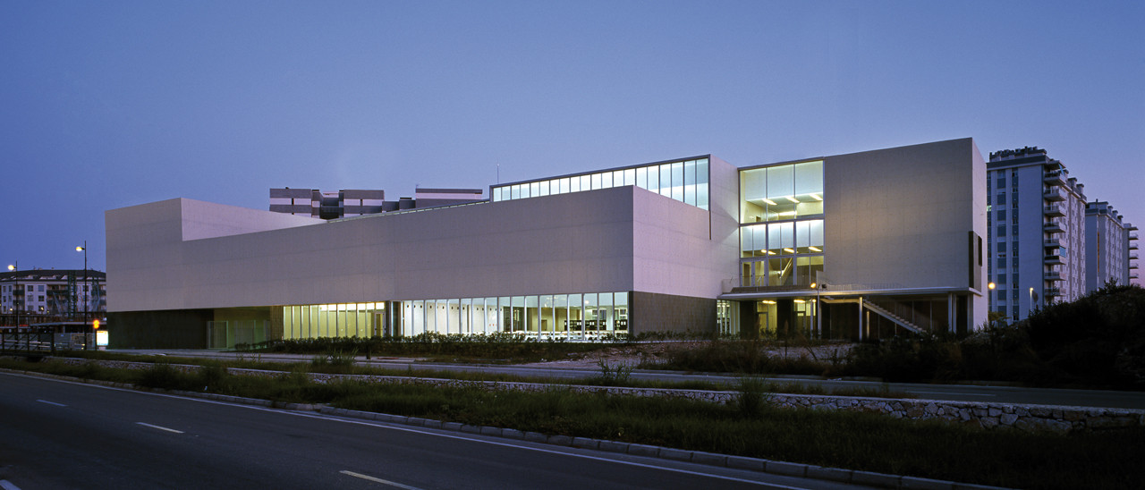Library and Document Center / Peñín Architects, © Diego Opazo