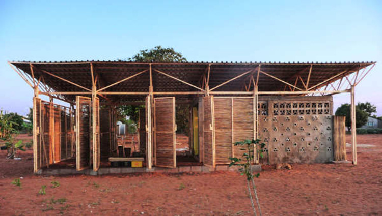 Edificio Educacional en Mozambique / Bergen School of Architecture, © Tord Knapstad