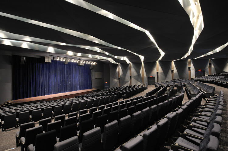 Chettinad Health City Auditorium / Morphogenesis, © Bharath Ramamruthum