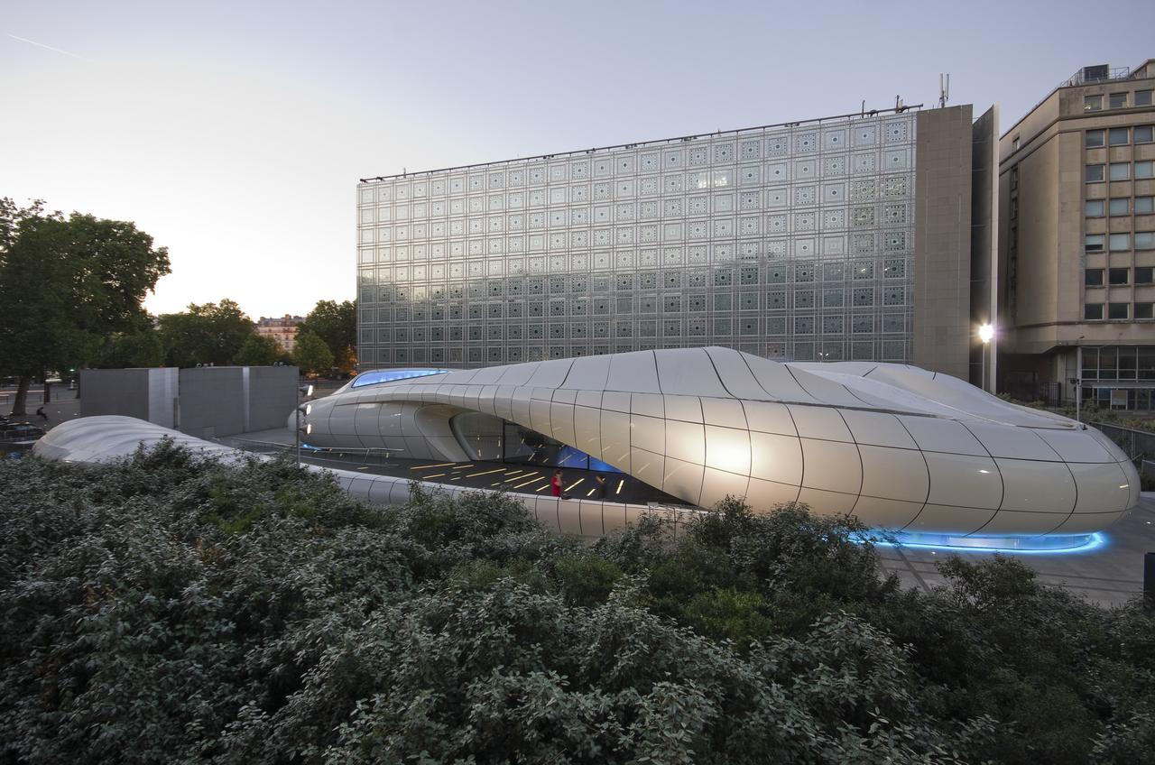 Chanel Mobile Art Pavilion / Zaha Hadid Architects, © Stefan Tuchila