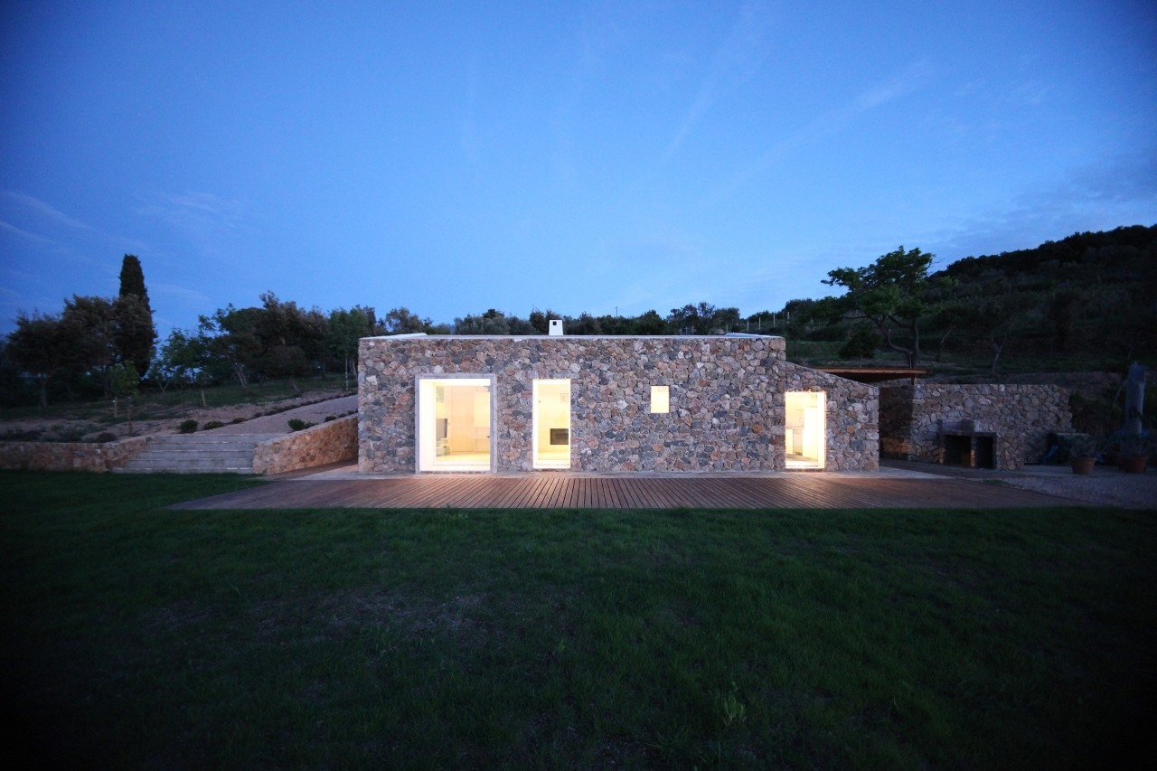 Seaside Single House / modostudio, Courtesy of modostudio