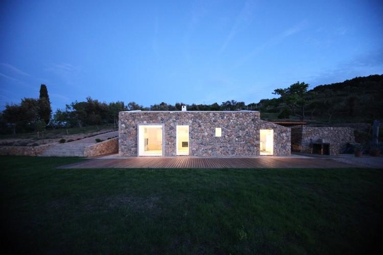 Seaside Single House / modostudio, Courtesy of modostudio
