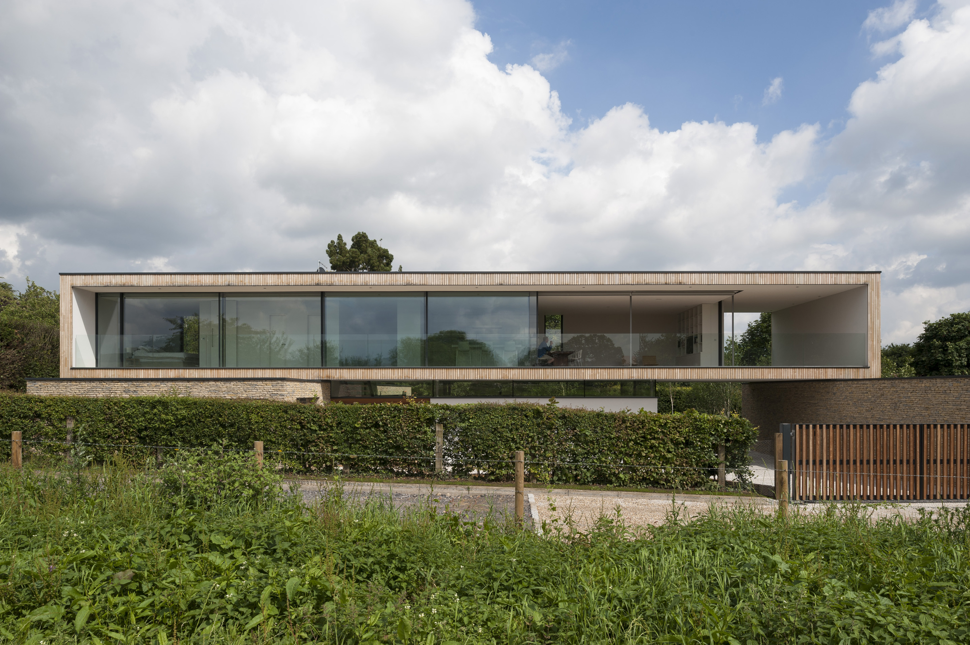 Gallery of hurst house john pardey architects str m for Best contemporary architects
