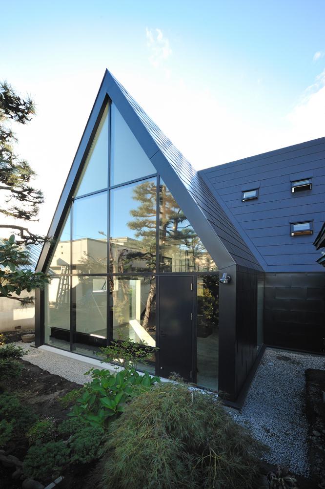 ASH House / I.R.A., Courtesy of I.R.A.