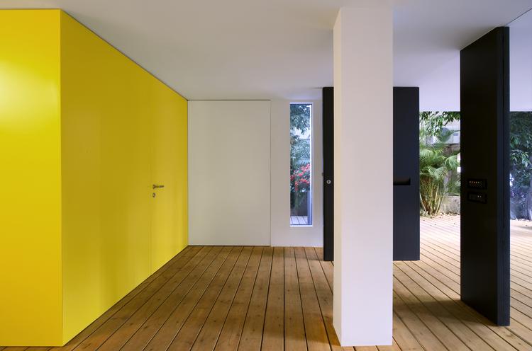 Casa en Tel Aviv / Levy Chamizer architects, © Pinchuk