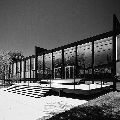 AD Classics: IIT Master Plan and Buildings / Mies van der Rohe, © Hagen Stier - Crown Hall
