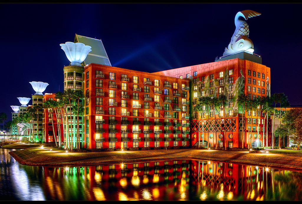 Ad Clics Walt Disney World Swan And Dolphin Resort Michael Graves Archdaily