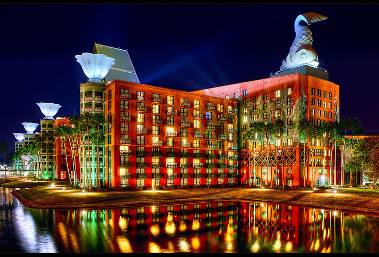 Ad Clics Walt Disney World Swan And Dolphin Resort Michael Graves