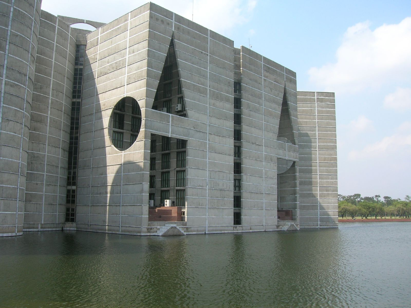 Gallery of ad classics national assembly building of for Louis kahn bangladesh
