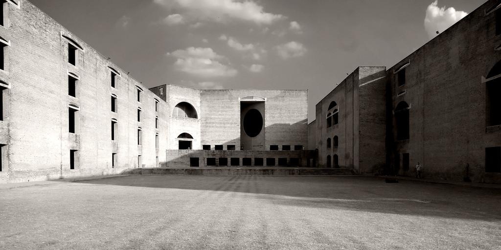AD Classics: Indian Institute of Management / Louis Kahn, © Dave Morris