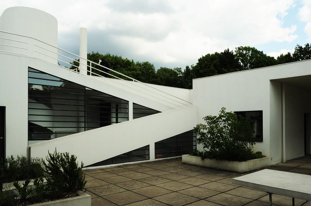 Gallery of ad classics villa savoye le corbusier 4 for Corbusier sessel 00 schneider