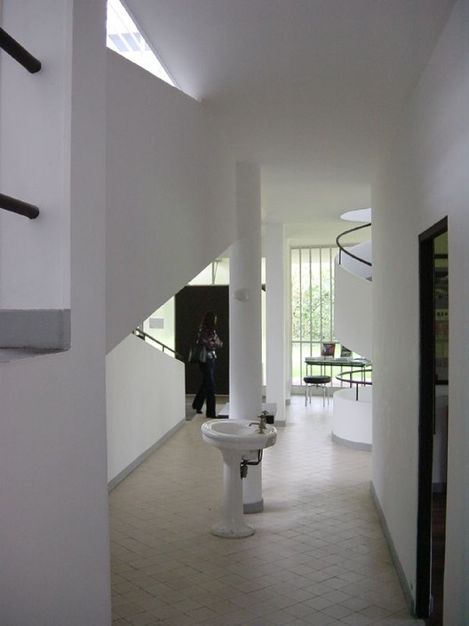 AD Classics: Villa Savoye / Le Corbusier | ArchDaily