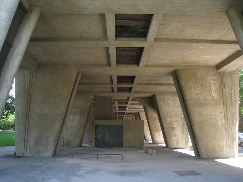 Gallery of ad classics unite d 39 habitation le corbusier for Corbusier sessel 00 schneider