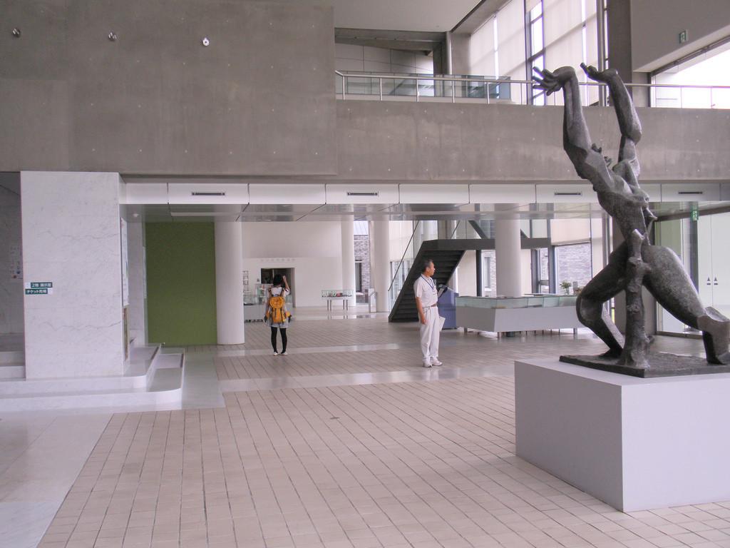 design of the gunma museum of modern art 992-1 watanuki takasaki gunma, 370-1293, japan tel(81+)027-346-5560 fax(81+)027-346-4064 all rights reserved, copyright © the museum of modern art, gunma.