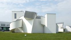 Clássicos da Arquitetura: Museu do Design Vitra / Gehry Partners