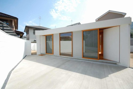 Kokura Tanaka House / Akinari Tanaka + POI + Nawakenjimu + Lapin, © Kei Sugimoto