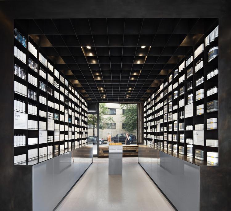 MenScience Flagship Store / Hollwich Kushner