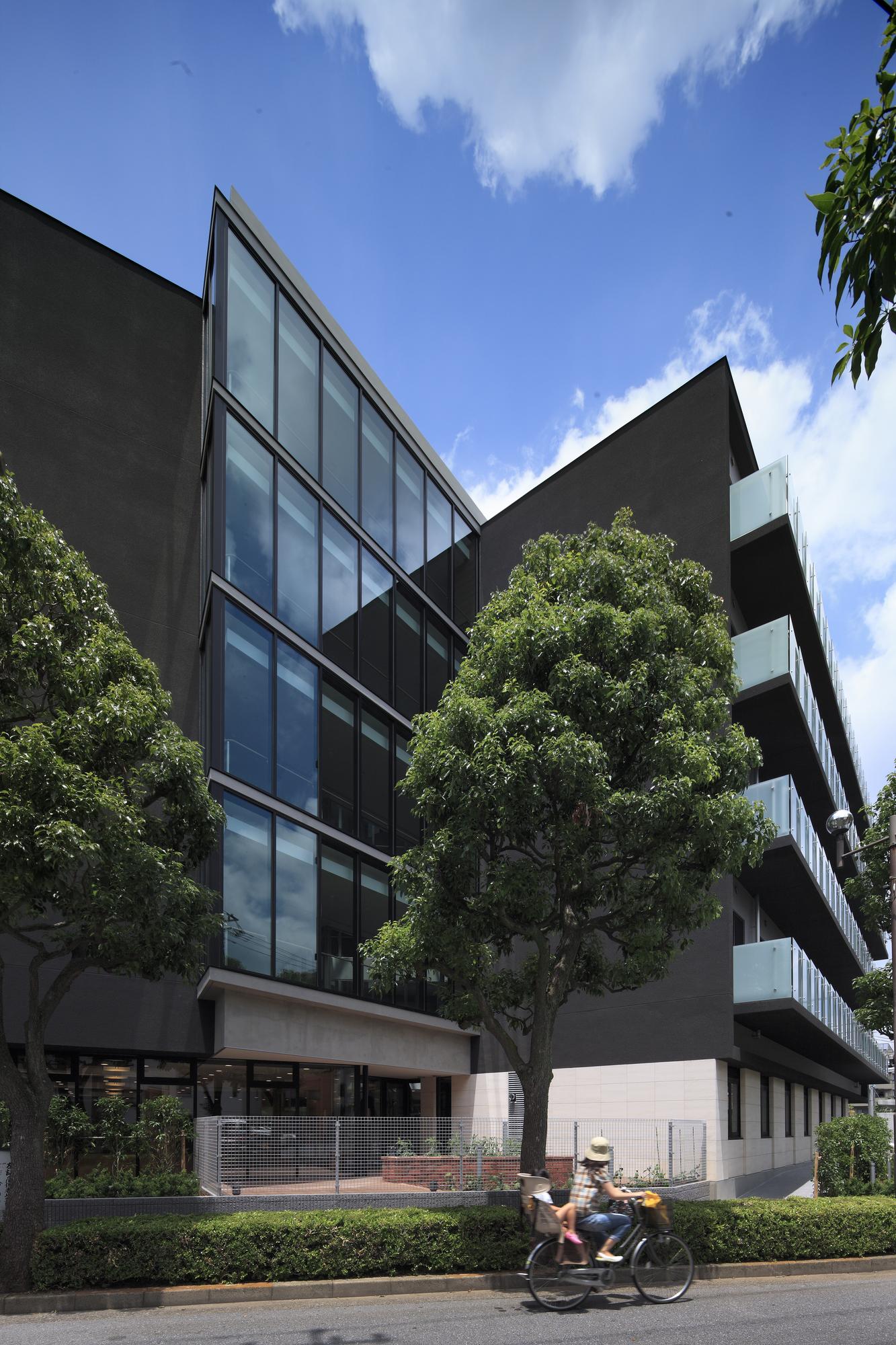 Gallery of rest villa funabori jun ichi ito architect for Architect associates