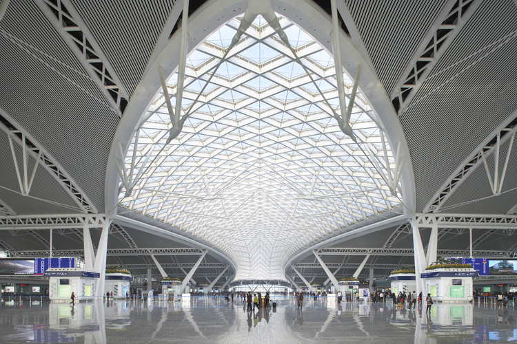 Guangzhou South Railway Station / TFP Farrells, © Hufton+Crow