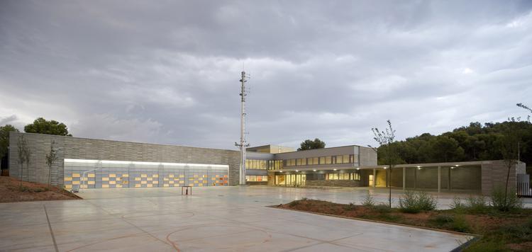 Parque de Bombers in Gavà / Mestura Arquitectes, © Pedro Pegenaute