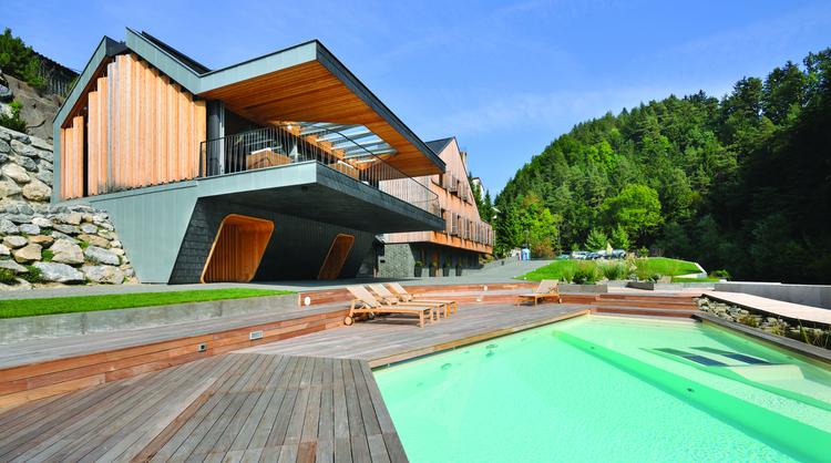 "Villa ""On the deck into life"" / Superform, © Miran Kambič"
