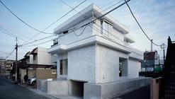 House in  Okusawa / Schemata Architects