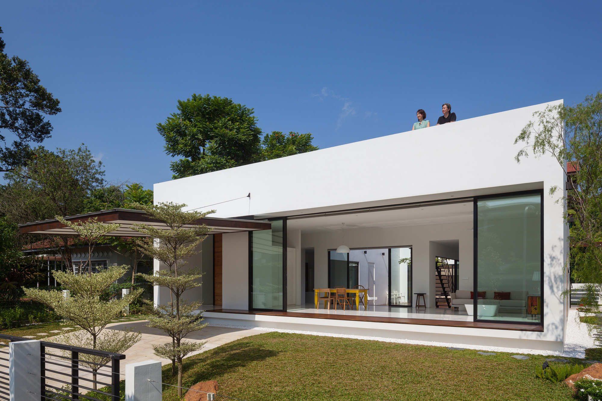Gallery of mandai courtyard house atelier m a 13 for Disenos de casas pequenas para construir