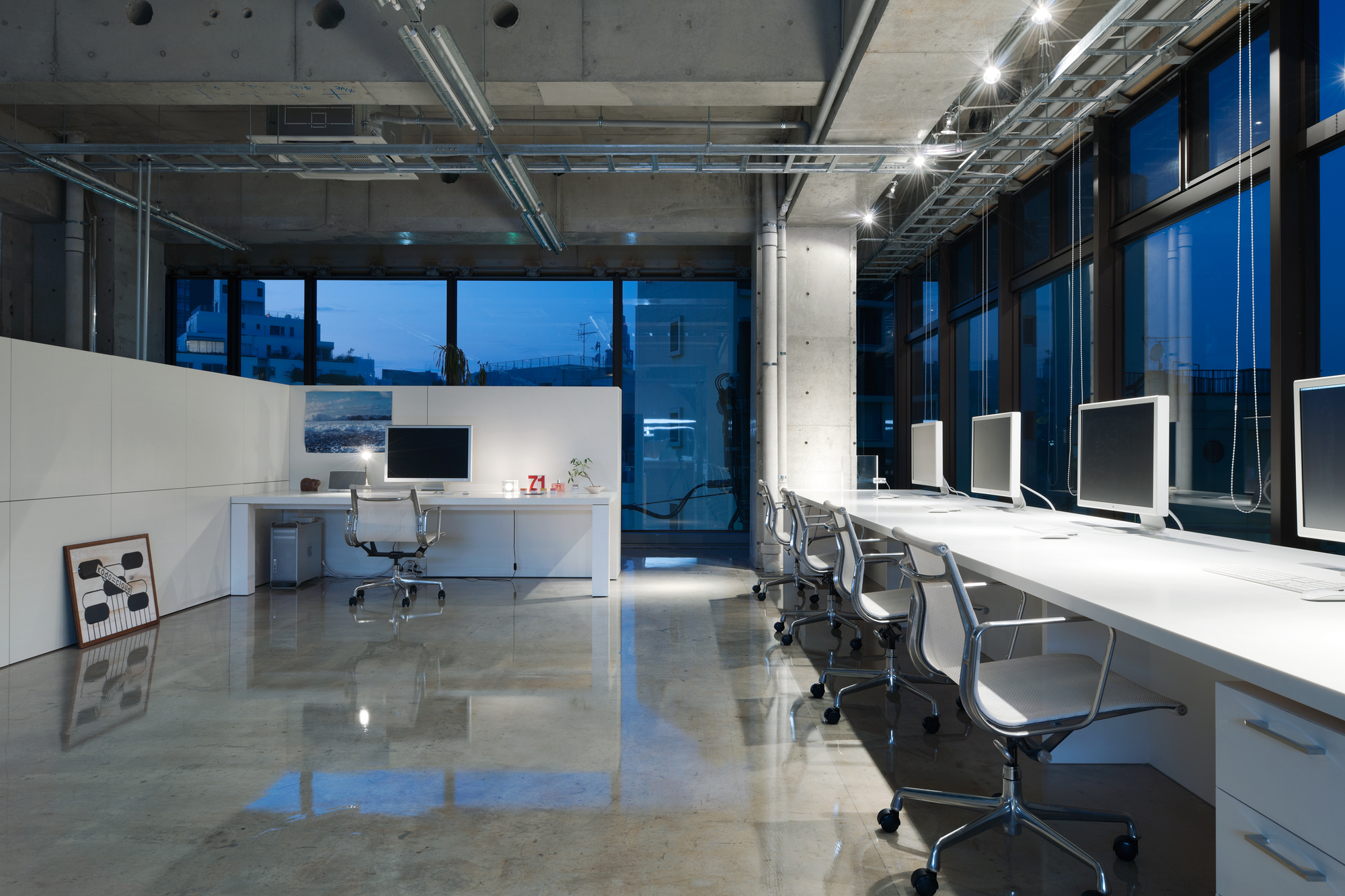 Home office design cool office space Office Desk Mrdesign Office Schemata Architects Archdaily Mrdesign Office Schemata Architects Archdaily