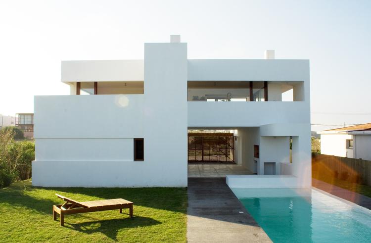 Casa Alegría / Estudio Volpe-Sardin, © Luis O`grady