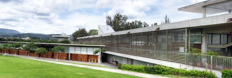 Liceo Franco Mexicano / Alberto Kalach, © Yoshihiro Koitani