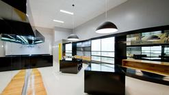 Loja Mazzo  / Studio Buzetti + Arquitetura