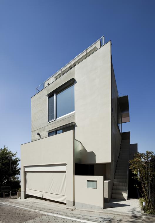 Mita Residence / YJP architecture, © 45g Photography