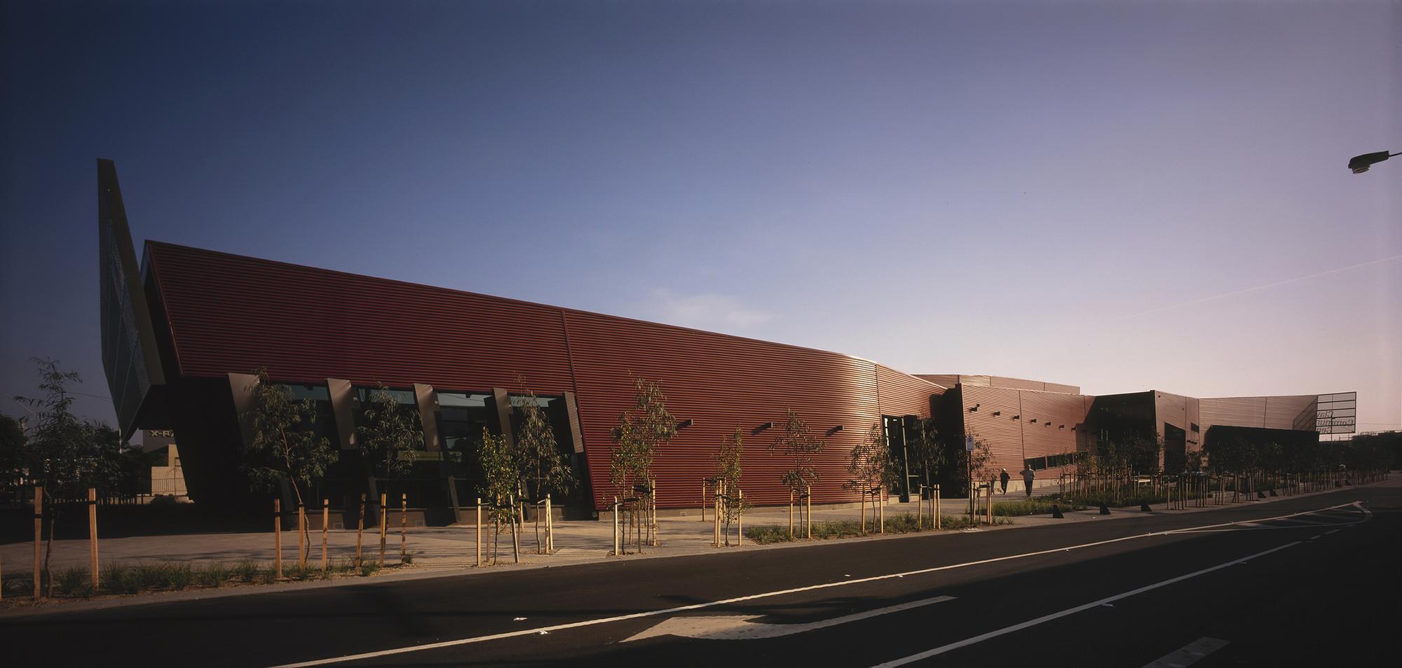 Clayton Community Centre / Jackson Architecture, Courtesy of Archiphoto Pty Ltd.