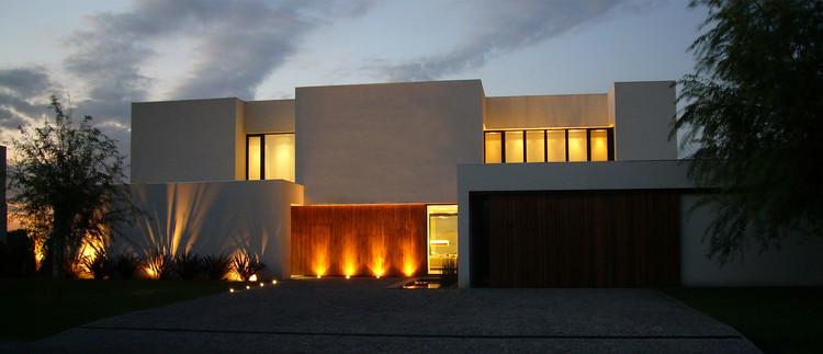 Casa BR / KLM Arquitectos, © Federico Kelly