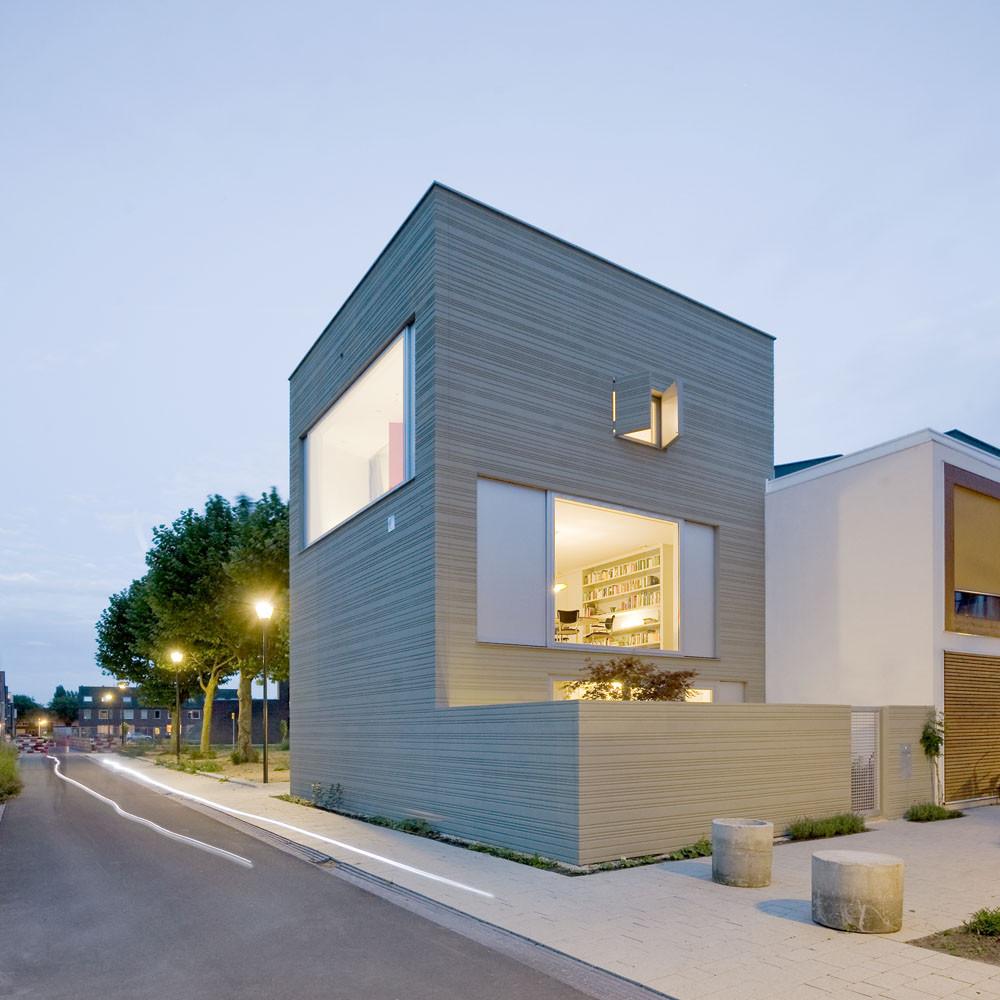 Gallery of stripe house gaaga 1 - Huis modern kubus ...