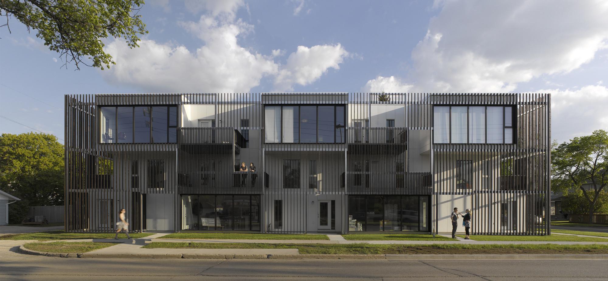Bloc_10 / 5468796 Architecture
