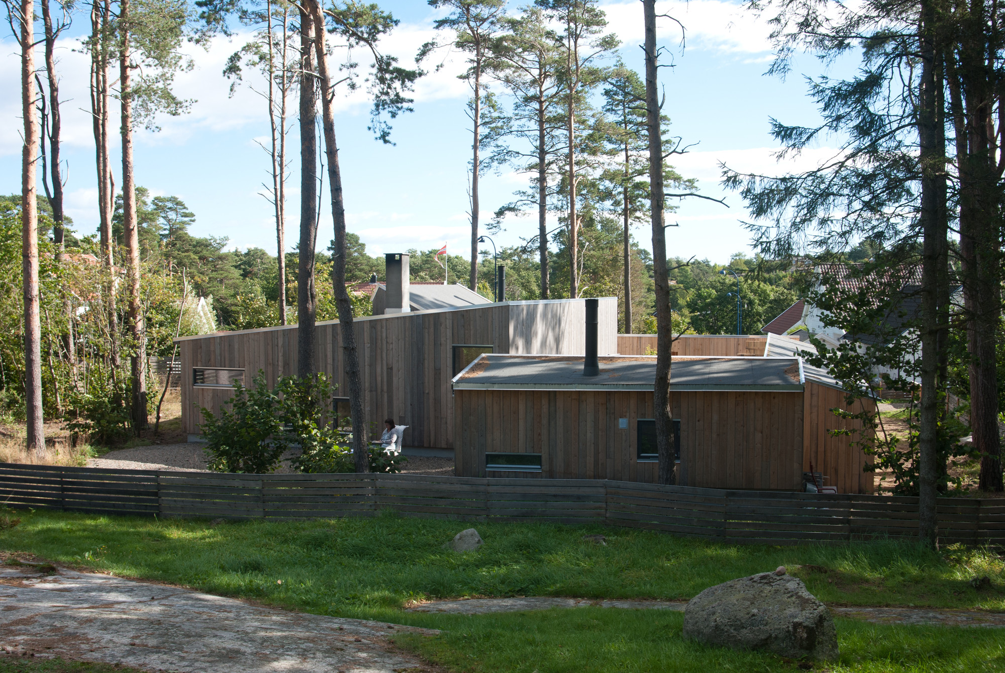 The house in the thicket / Kasper Bonna Lundgaard M.Arch, Courtesy of Kasper Bonna Lundgaard