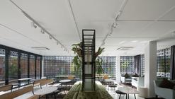 Skyve Bistro / FARM Architect