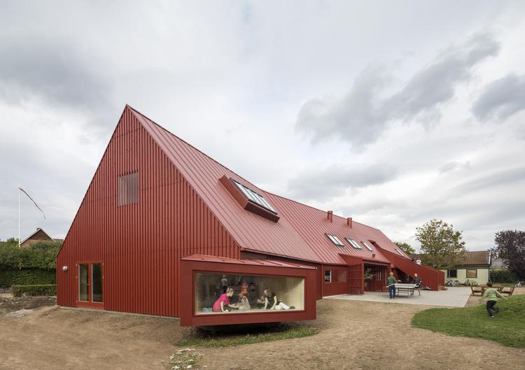 Centro para Juventude em Roskilde / Cornelius + Vöge, © Adam Mørk