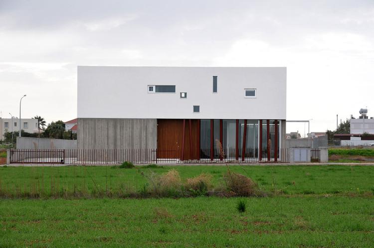 House 0614 / Simpraxis Architects, © Marios Christodoulides, Christos Papantoniou