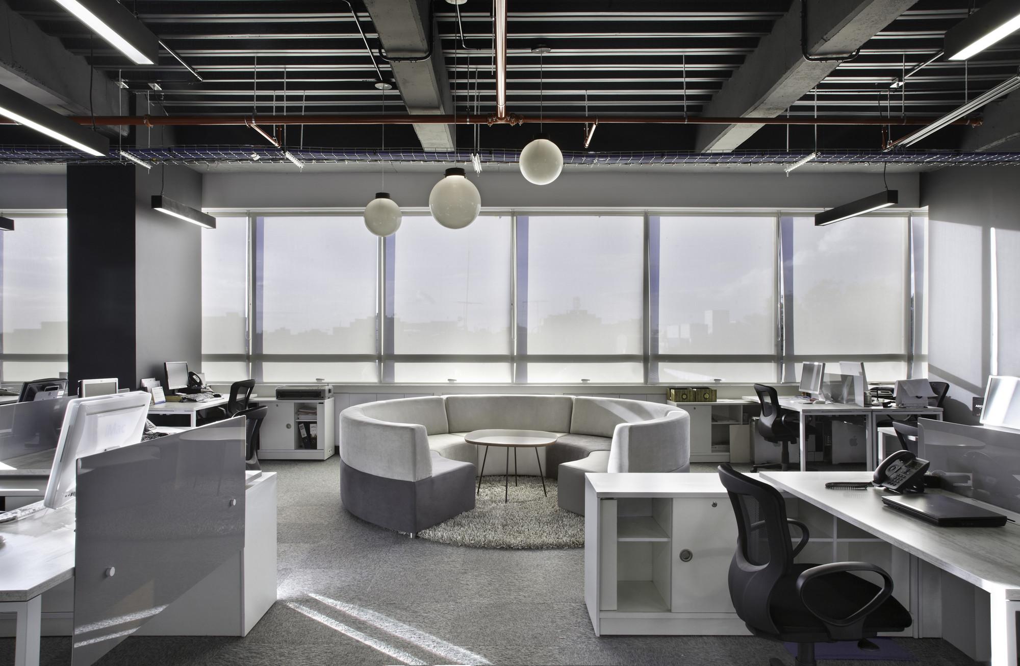 Galer a de oficinas jwt aei arquitectura e interiores 9 for Oficinas de arquitectura