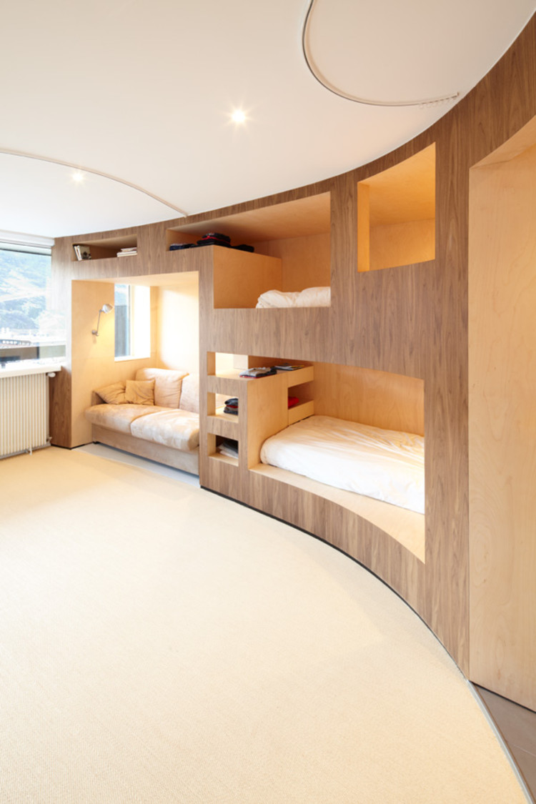 The cabin h2o architectes archdaily for 55m2 apartment design
