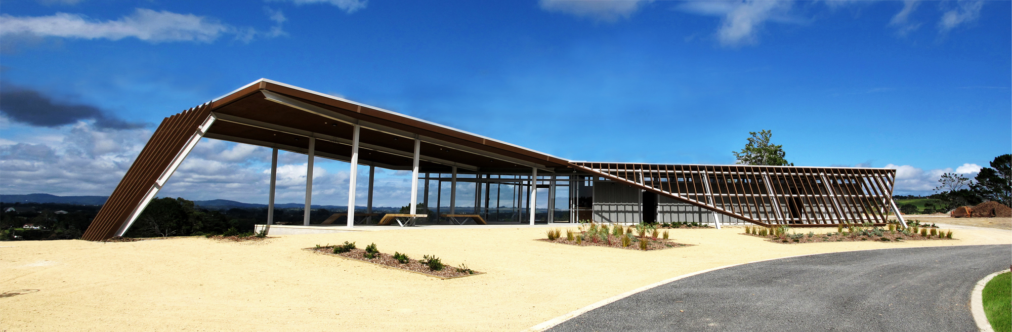 Visitor Centre for Equestrian and Mountain biking / Jasmax, © Mark Craven