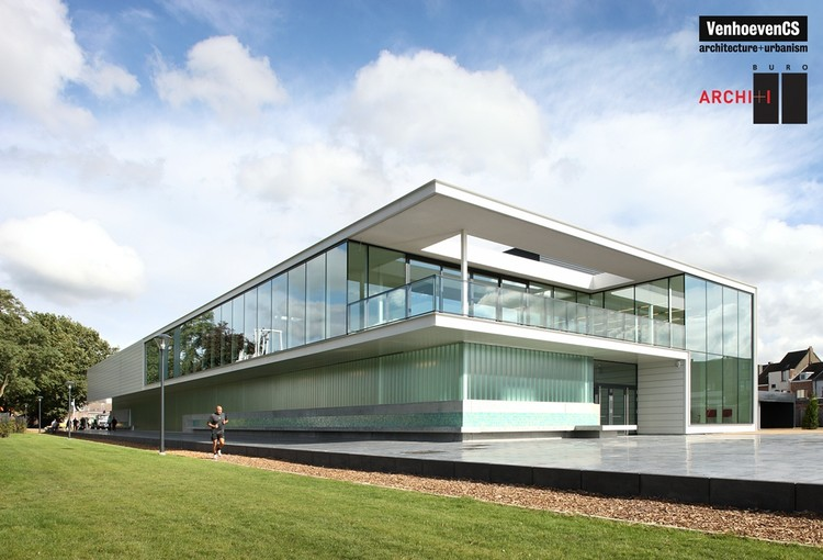 Sport facilities De Warande in Wetteren / BURO II & ARCHI+I, © Filip Dujardin